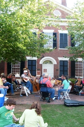 Musicians play outside Dahlonega's Gold Museum. The former Lumpkin County Courthouse (1836) was restored by the state of Georgia as a State Historic Site and adapted for use as the Gold Museum.