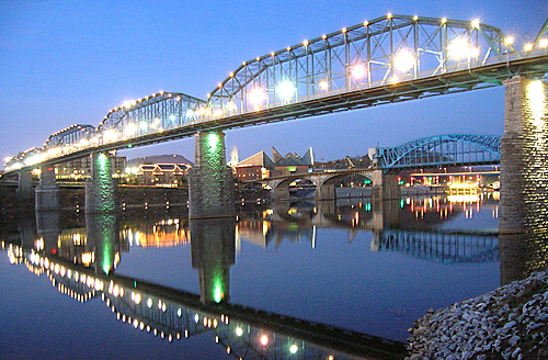 Image of Chattanooga Bridge at night with lights