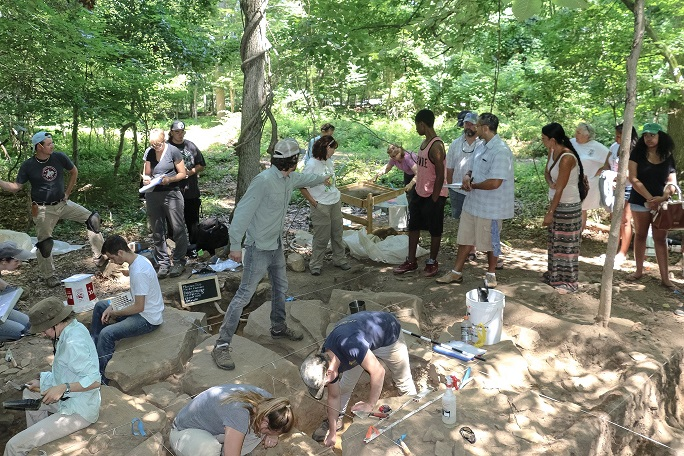 Mohegan field school archaeological survey